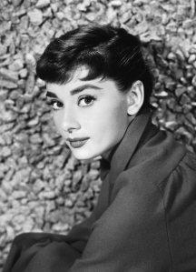 Old_Hollywood_beauty_secrets_hacks_Audrey_Hepburn