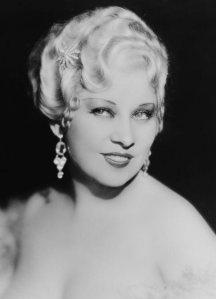Old_Hollywood_beauty_secrets_hacks_Mae_West
