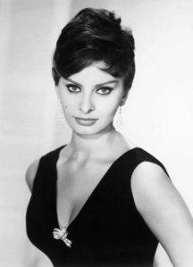 Old_Hollywood_beauty_secrets_hacks_Sophia_Loren